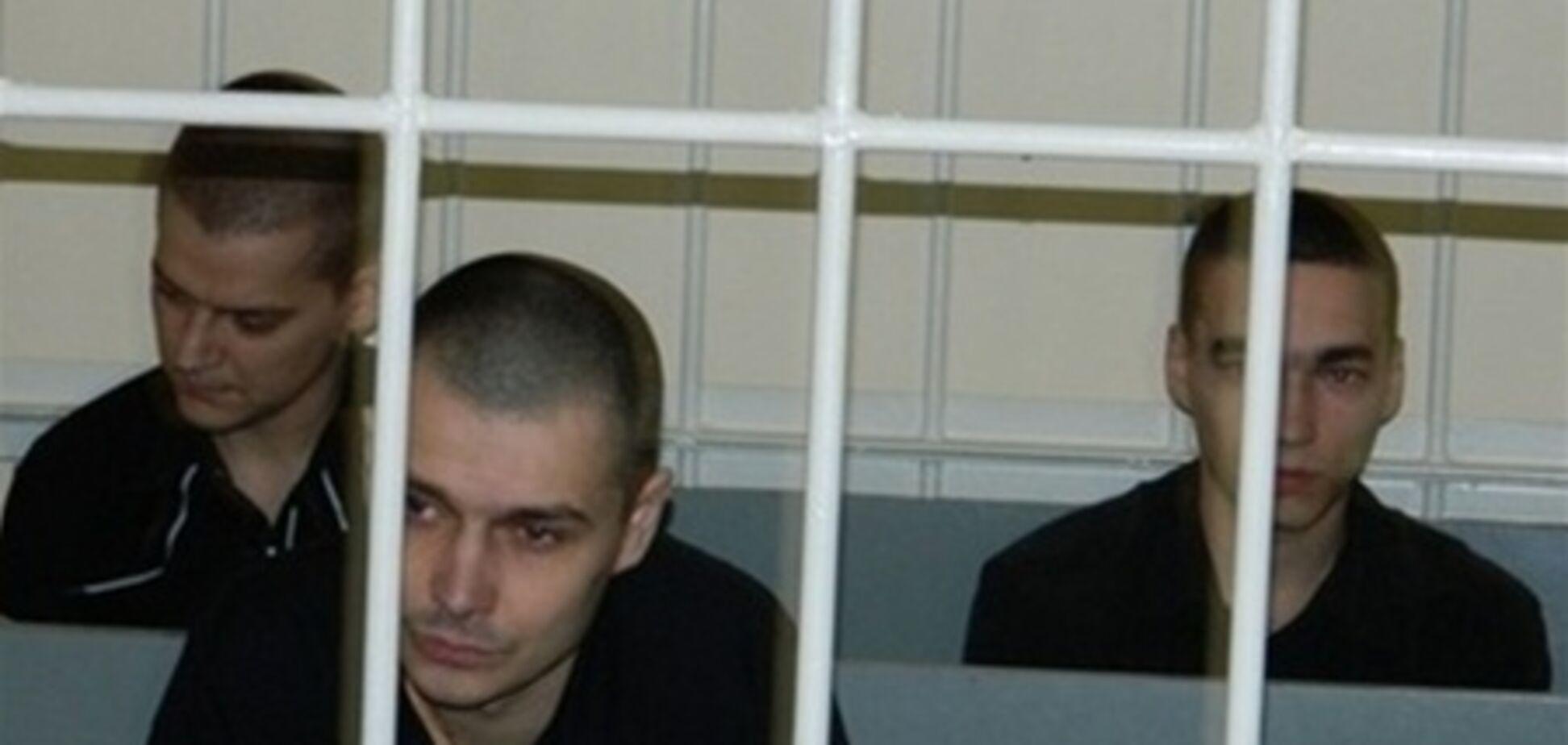 Обвиняемый в убийстве Оксаны Макар утверждает, что его пытались подкупить