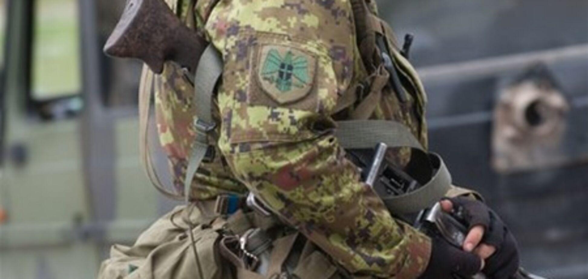 В армии Эстонии русскоязычных солдат заставляли копать себе могилы