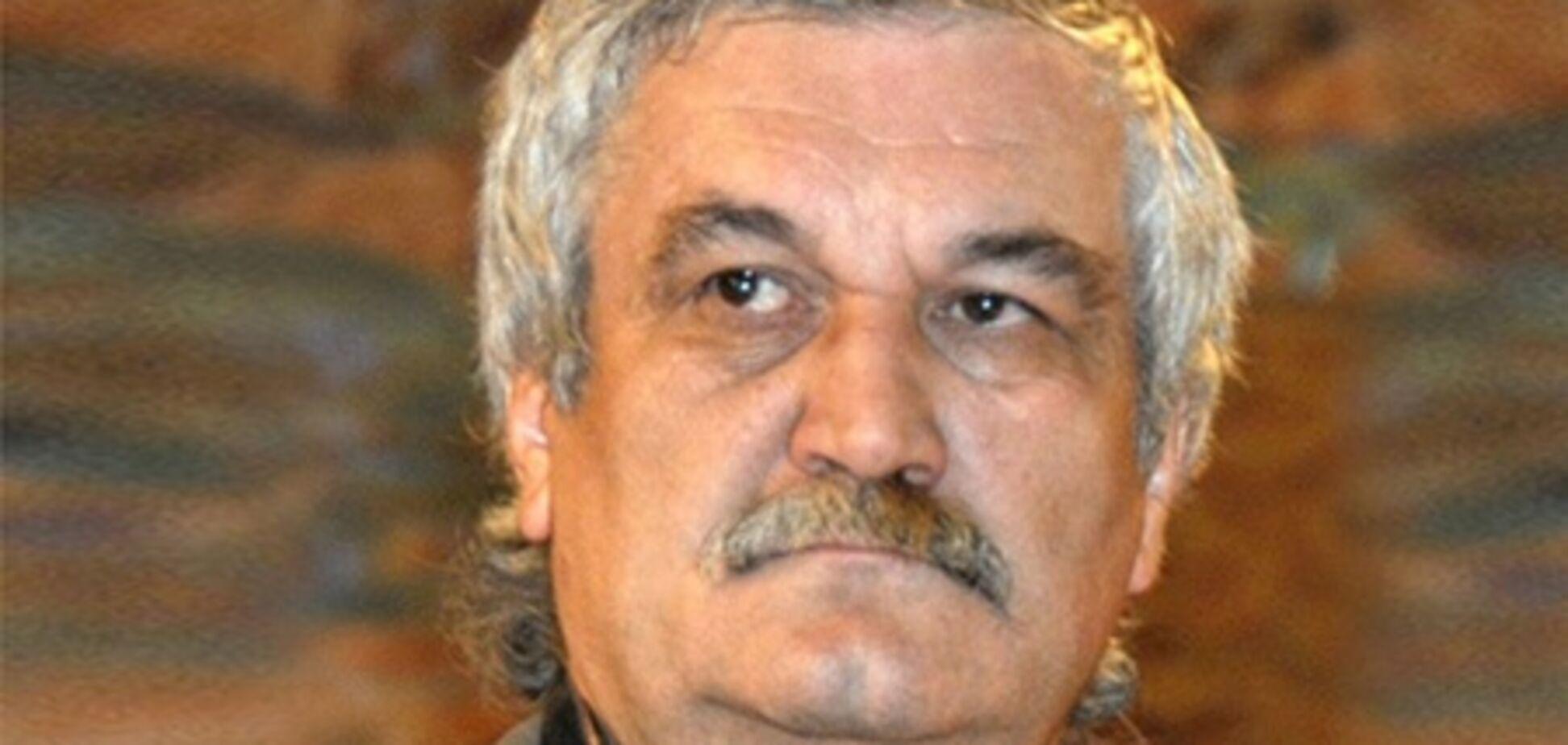Писатель Василий Шкляр идет на выборы