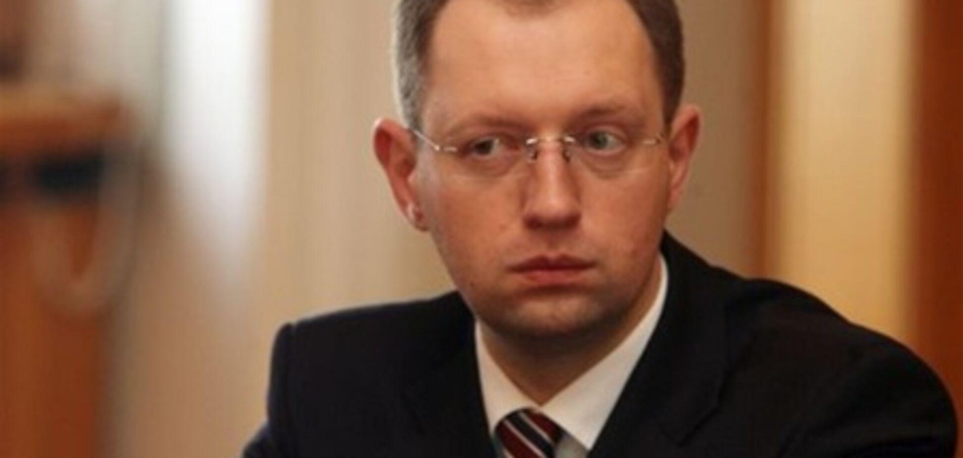 Мартынюк: Яценюк не заинтересован в победе на выборах