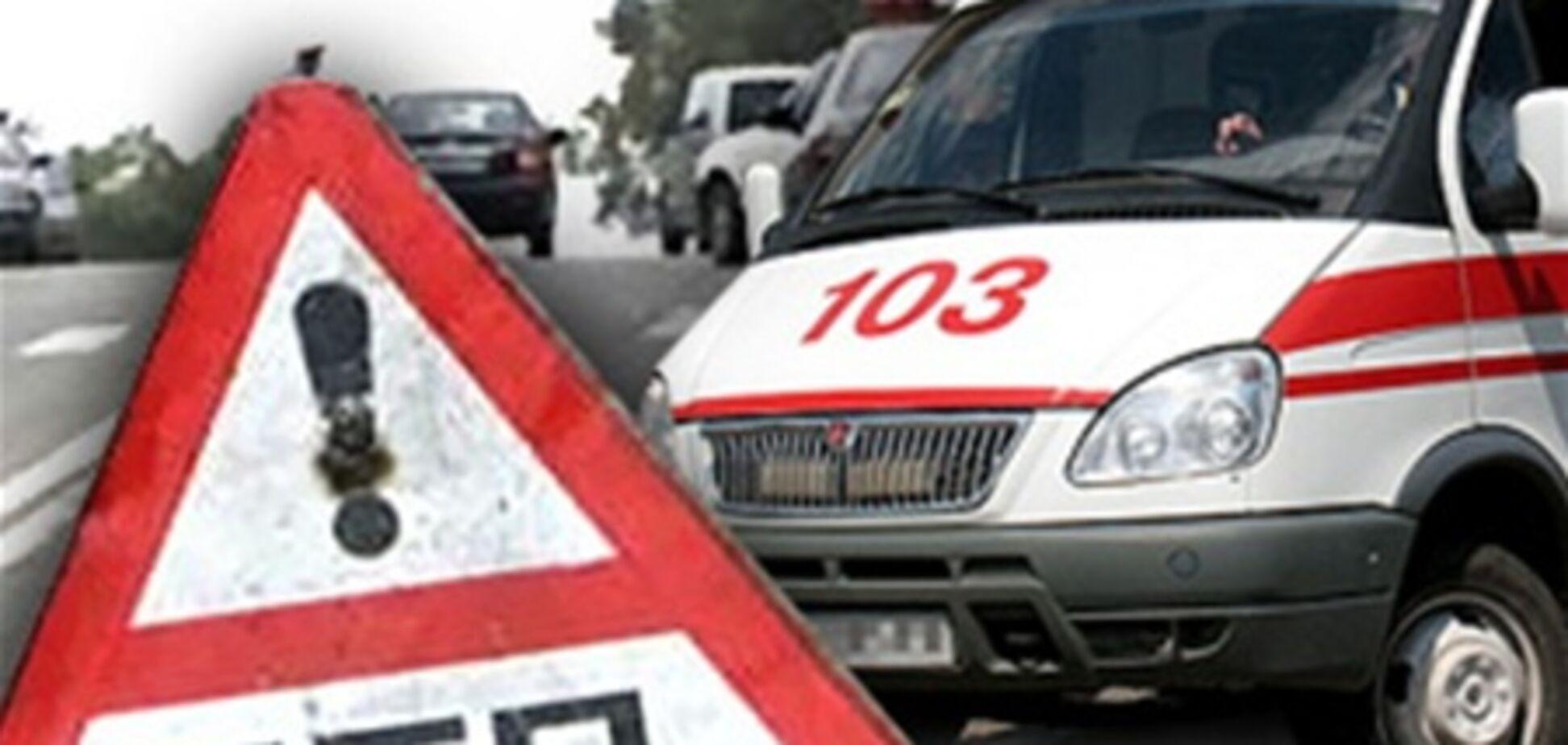 Под Каховкой в ДТП вследствие обгона погибли два человека