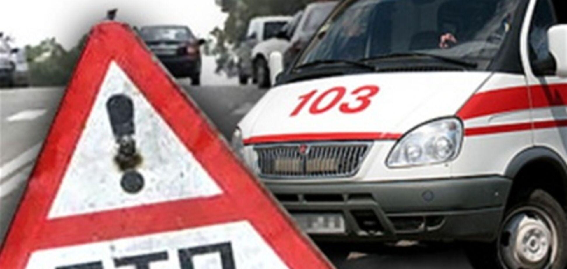 На Хмельнитчине водитель сбил четверых подростков на тротуаре