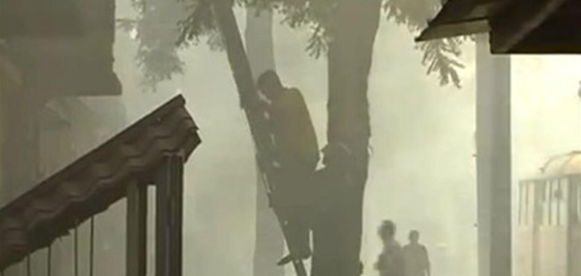 В жилом доме в Одессе выгорели 10 квартир и крыша