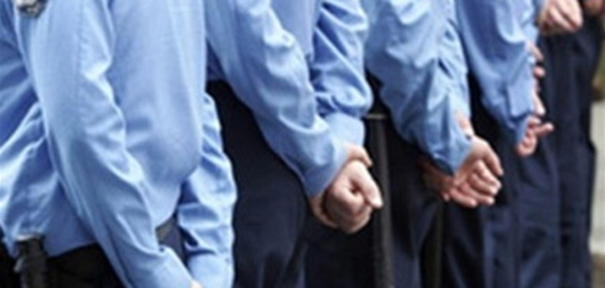 Милиционеры не могли защитить своего шефа от нардепа