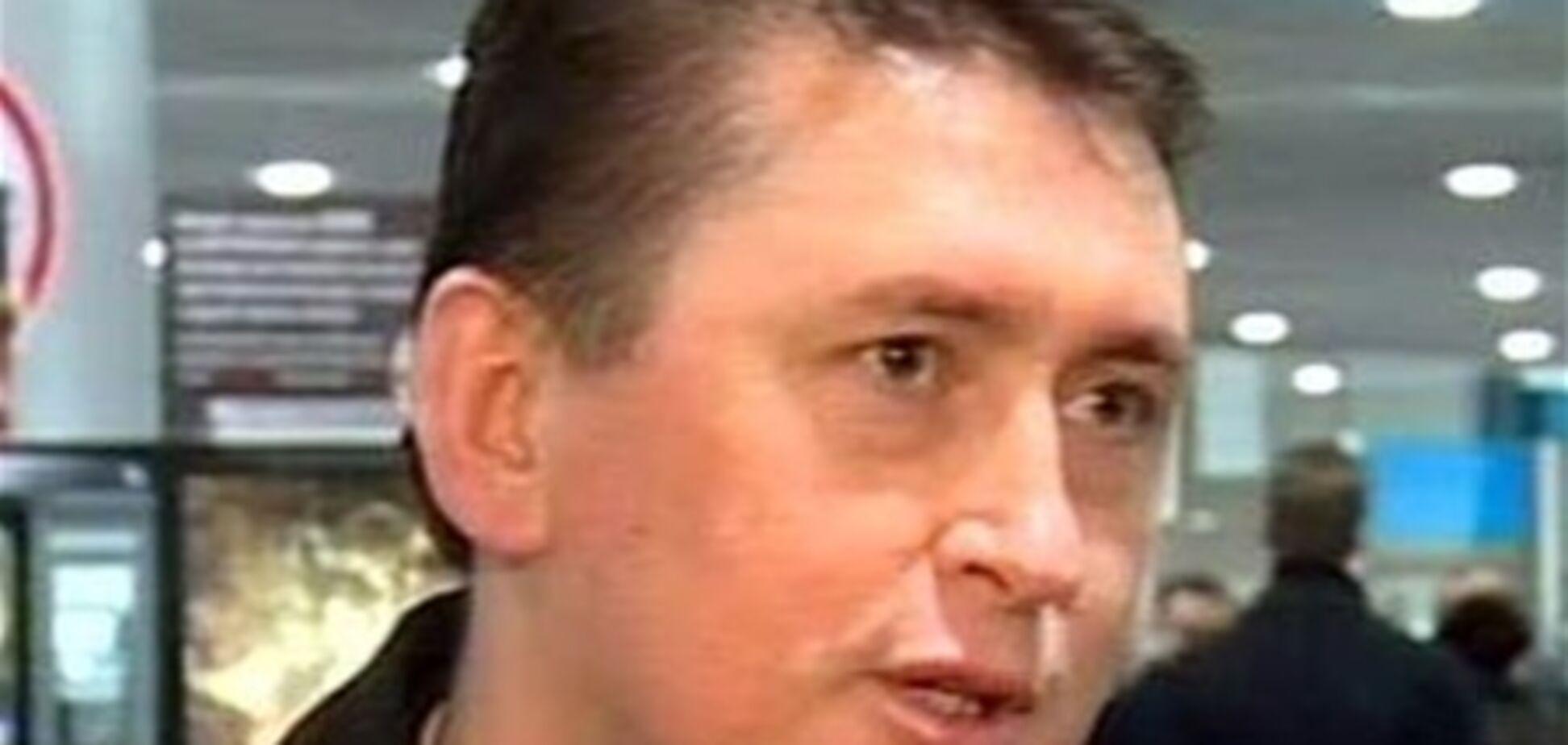 Мельниченко намерен подать в суд на 'Батькивщину', адвоката и политологов