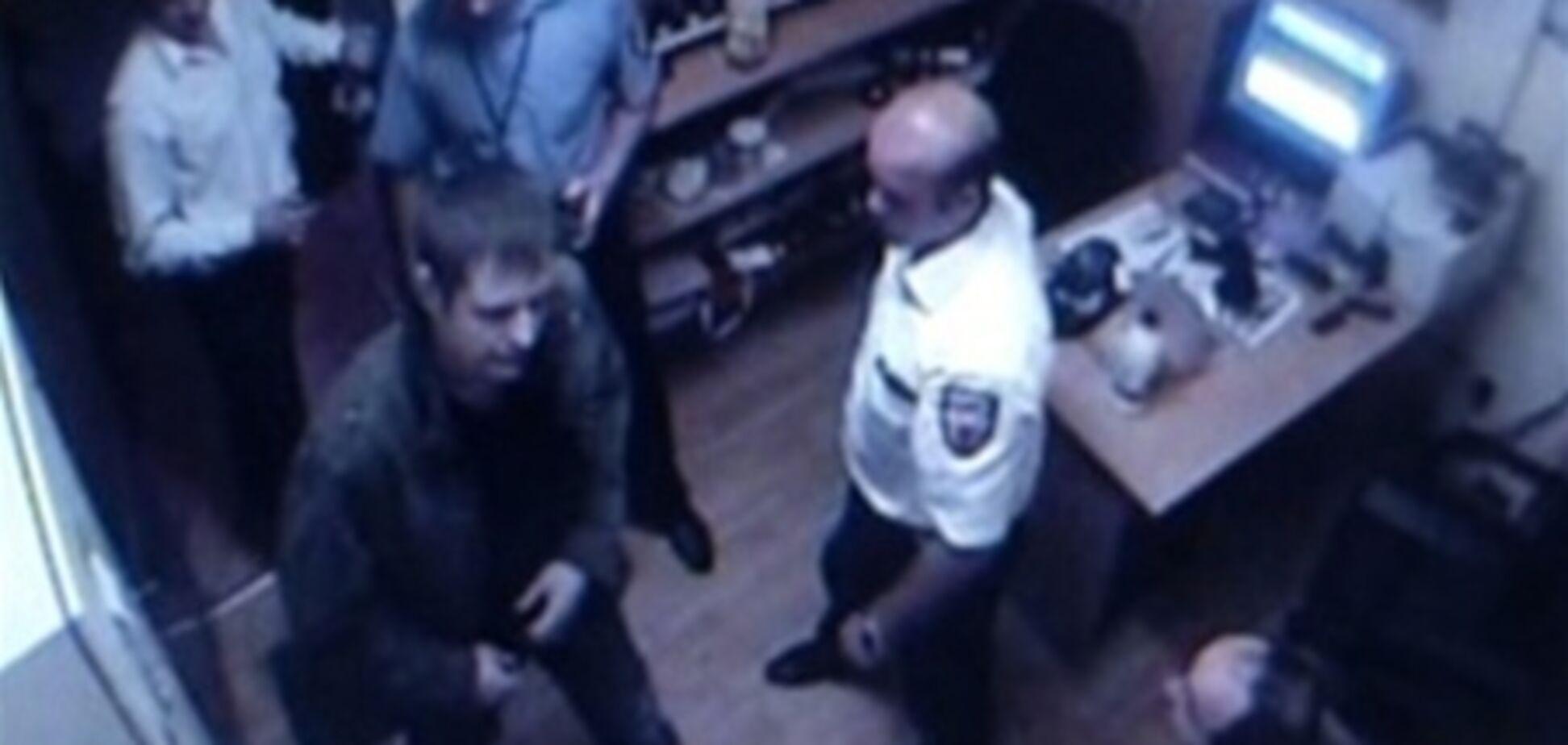 Охрана 'Каравана' не имела права задерживать покупателя - глава Федерации охранных служб