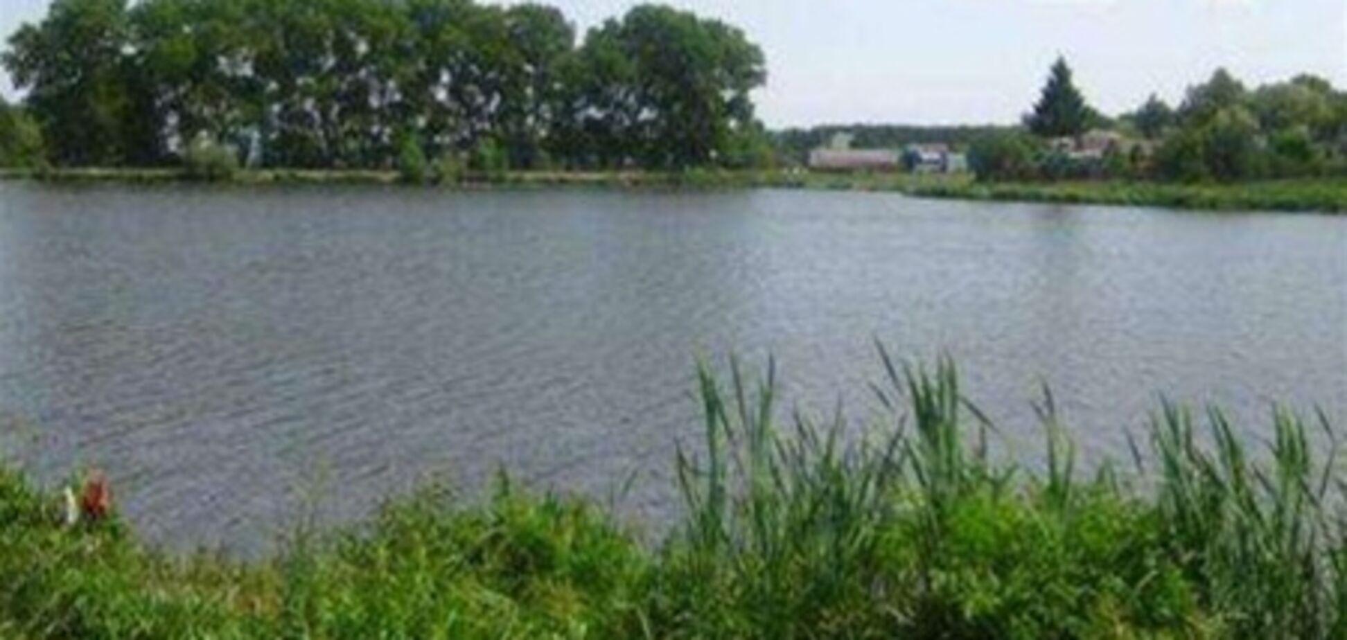 В киевских озерах утонули два человека