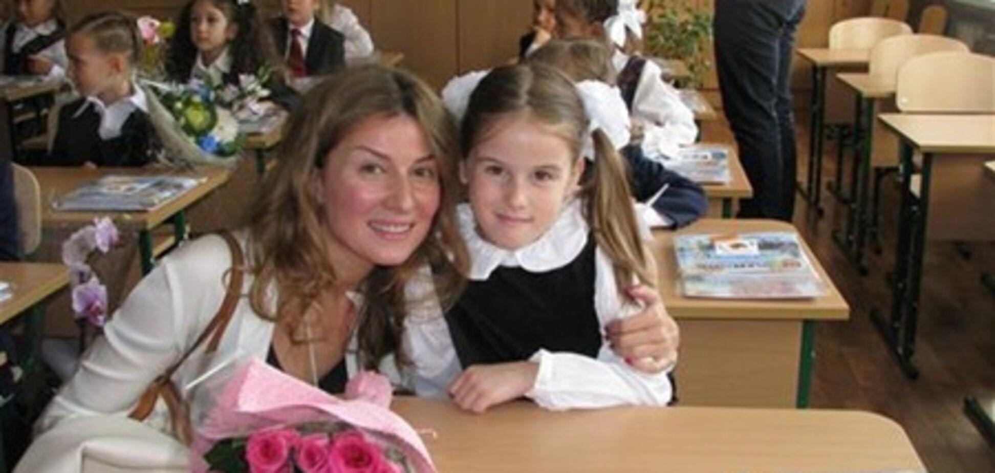 Фреймут, Орбакайте, Джарты и Бадоева отвели детей в школу