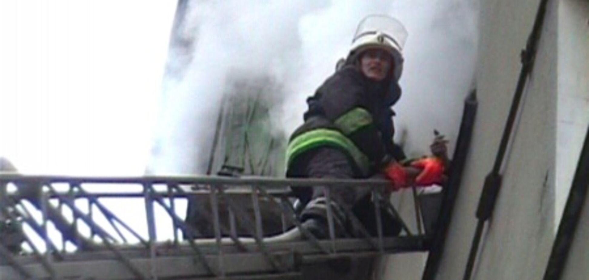 В Харькове произошел пожар в пятиэтажном жилом доме
