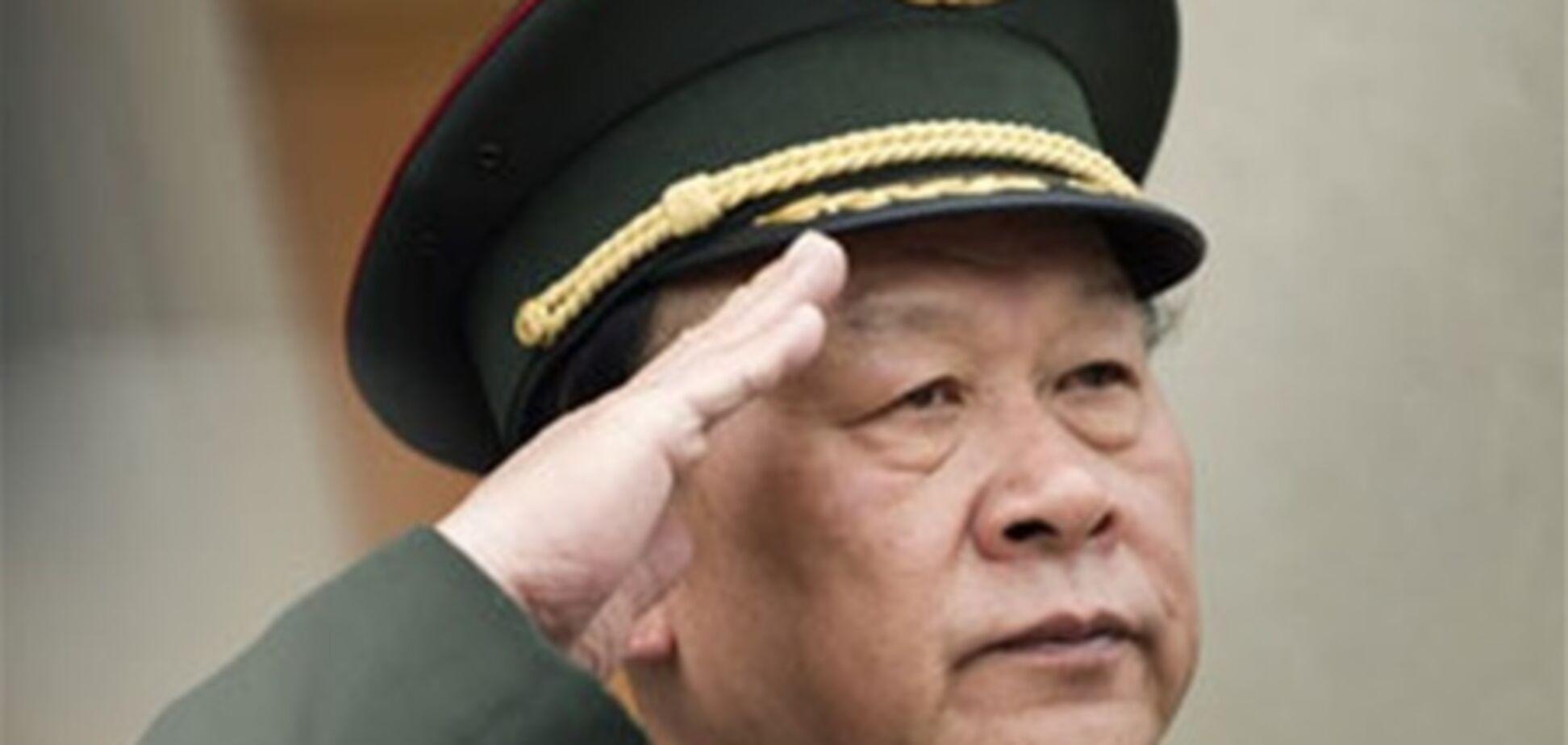 Китайський міністр дав пілотам майже $ 2000 чайових