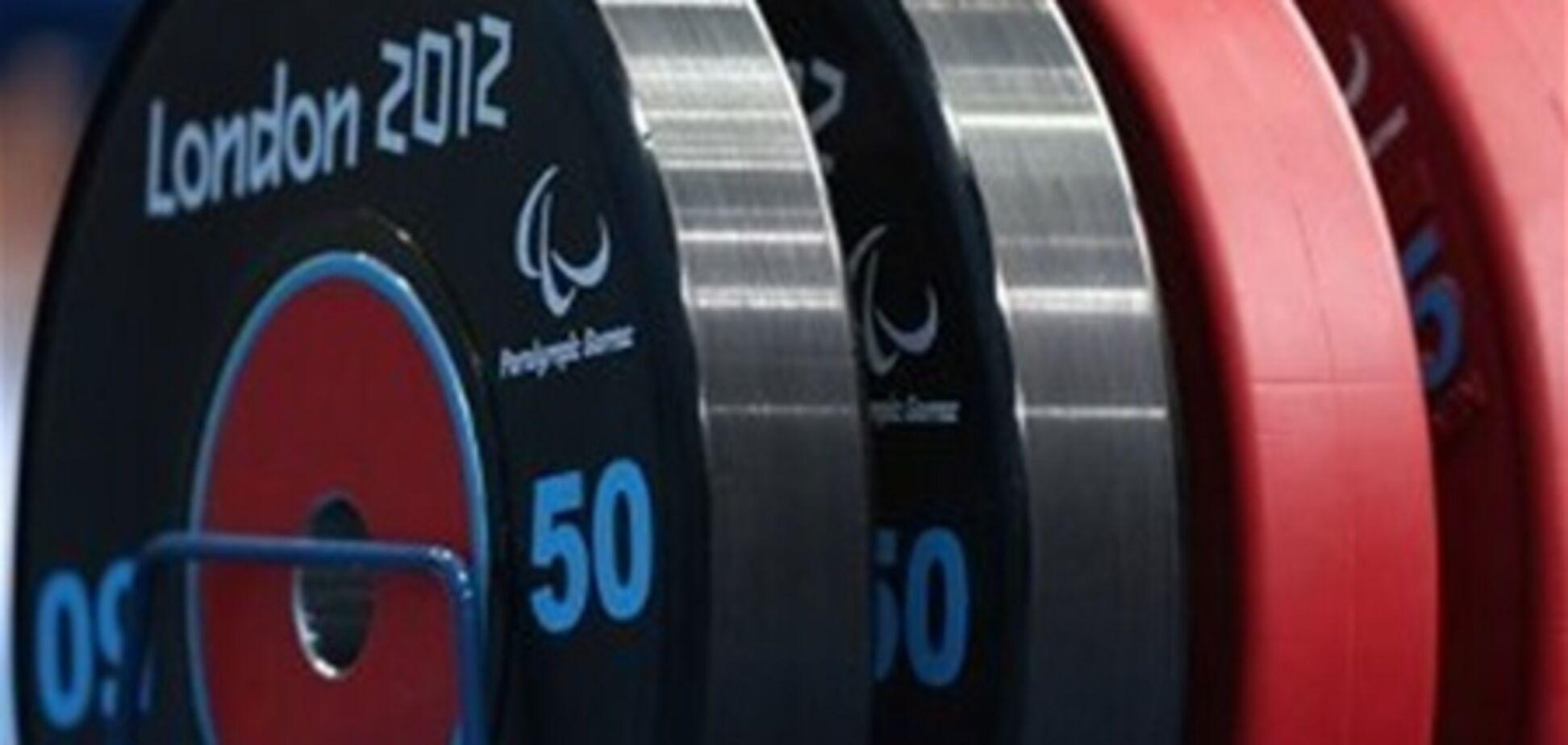 Двух российских паралимпийцев дисквалифицировали за допинг