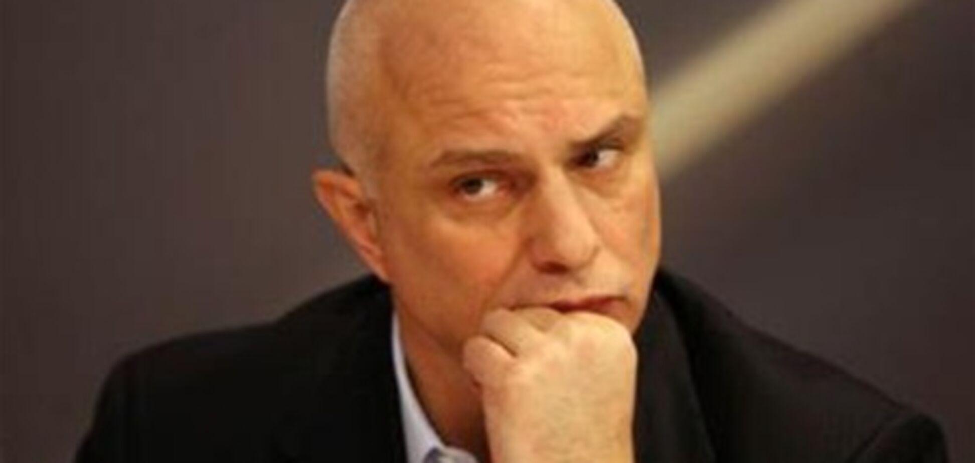 Муж Тимошенко потребовал разобраться с прослушкой жены