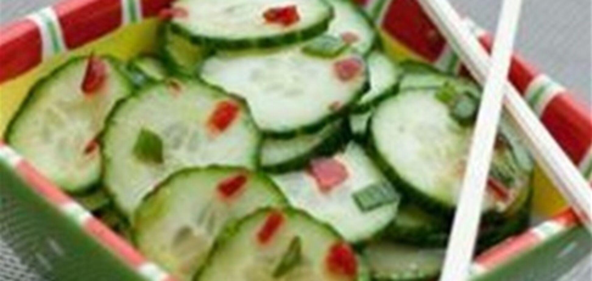 Огуречный салат по-азитски