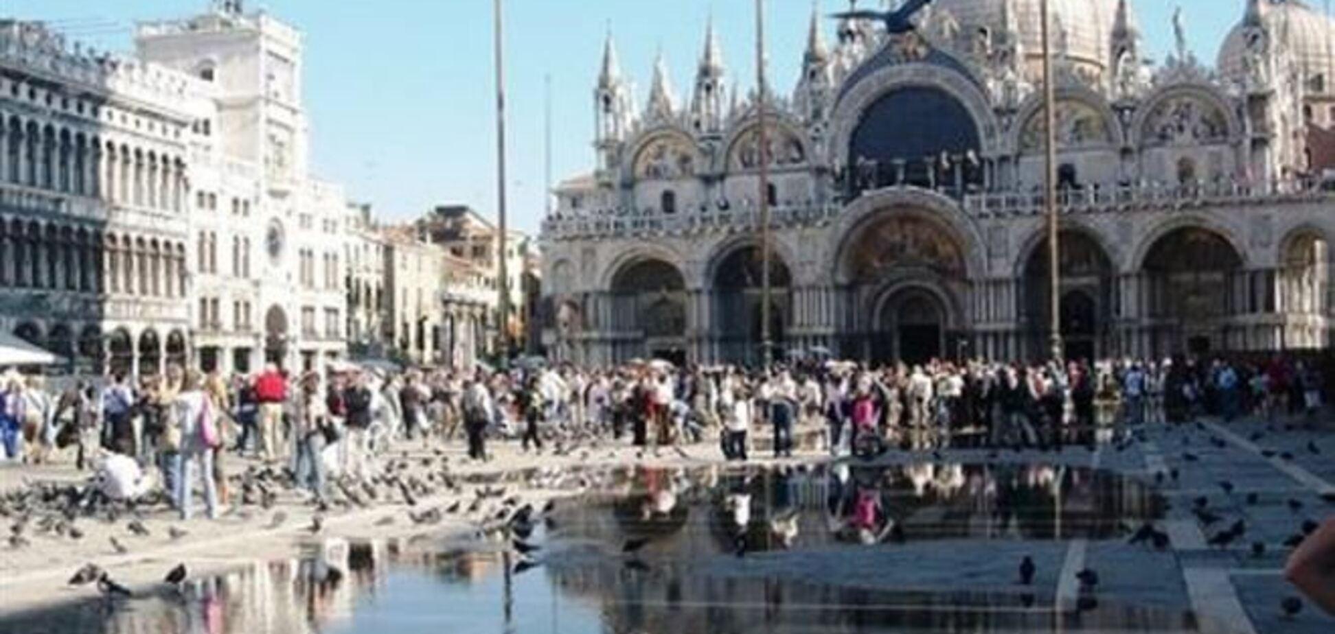 Венеция страдает от круизного туризма