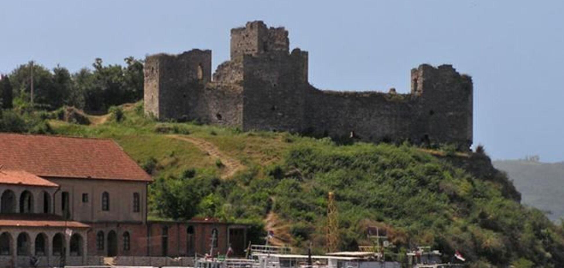 В Сербии реконструируют средневековую крепость Рам