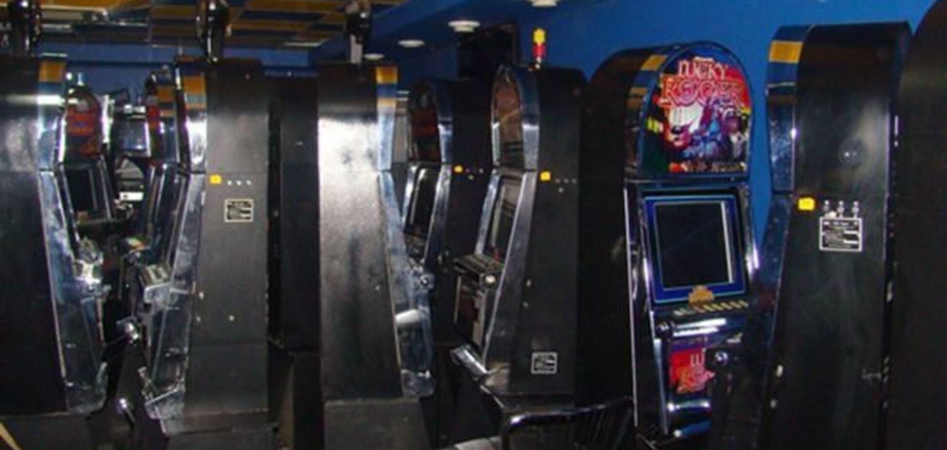 В Бердичеве милиция вместо бомбы нашла игровые автоматы