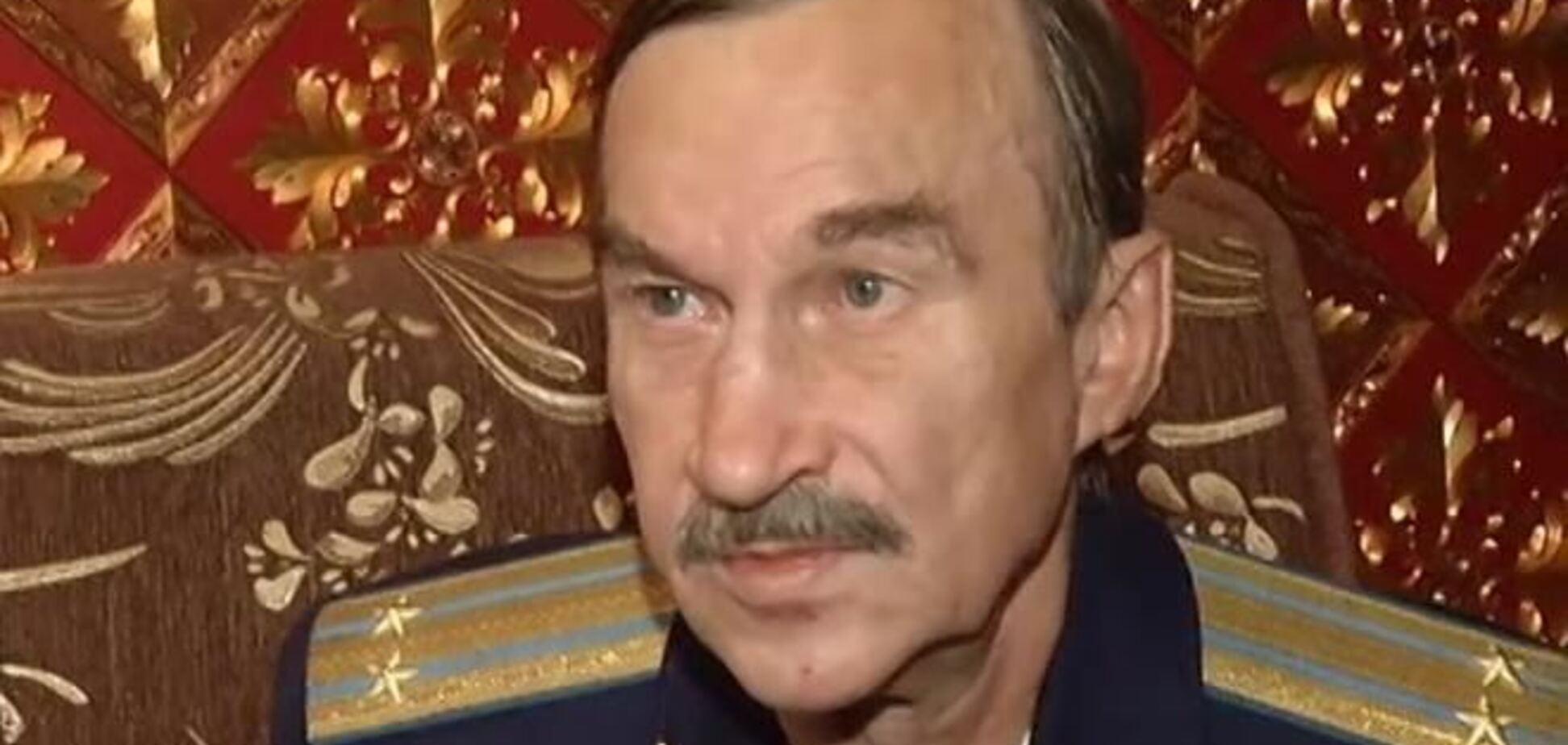 Батько Камалії живе в клітці і 4 роки не бачив дочку