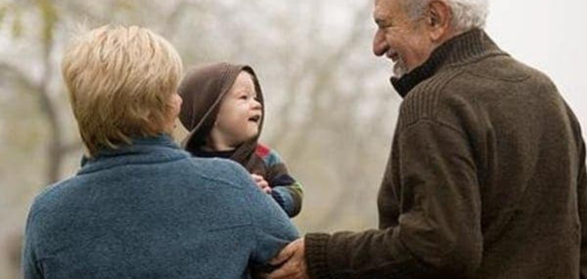 Если ребенок  ревнует бабушку и дедушку  к другим их внукам