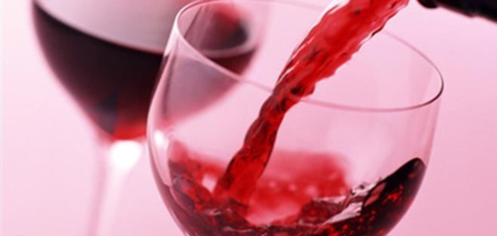 Красное вино может усугубить рассеянный склероз