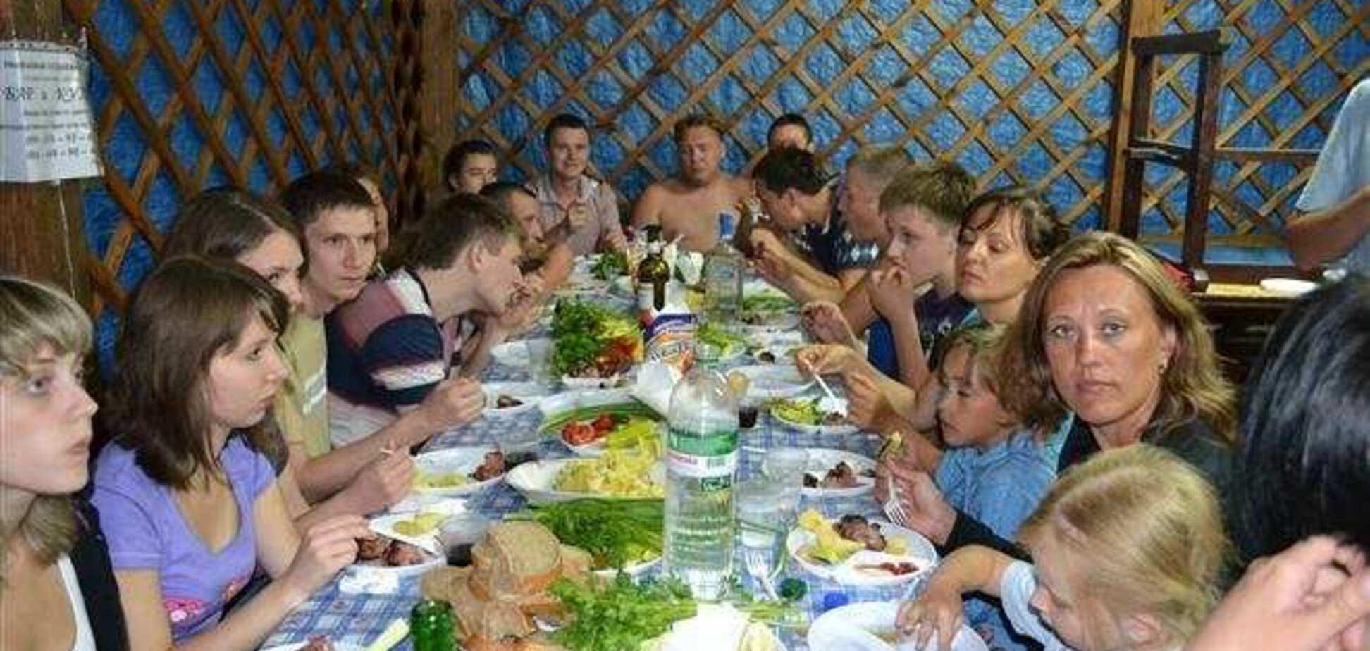 Целое село на Прикарпатье бросило пить