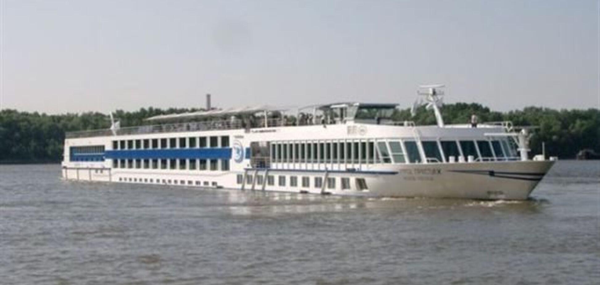 Туристы активно арендуют болгарские корабли для новогодних круизов