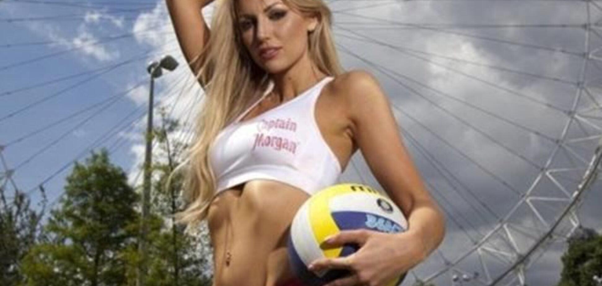 Звезда Playboy — новое лицо футбольного канала