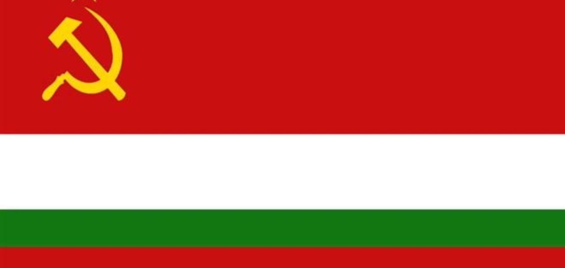 Таджицьким комуністам дозволили вірити в Бога
