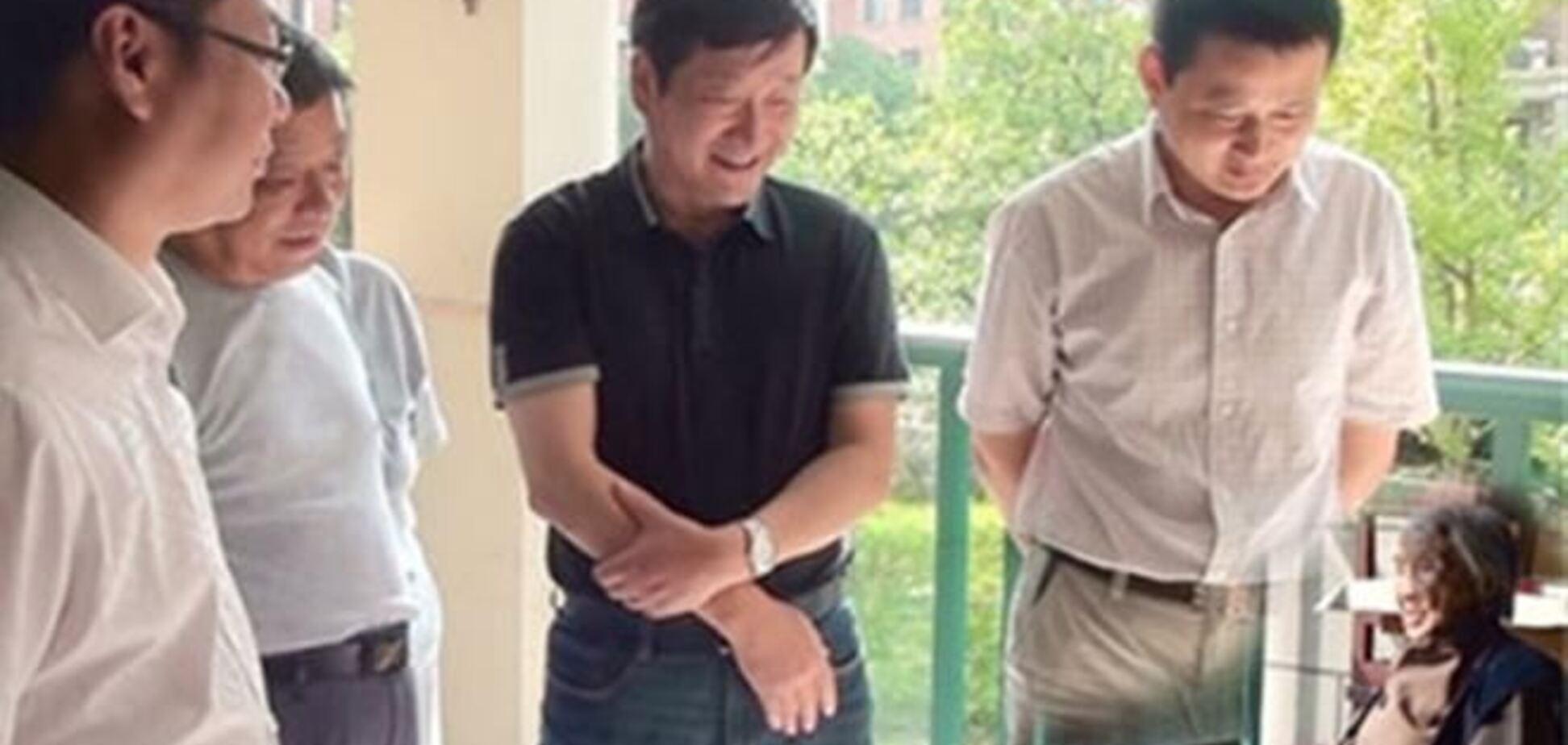 Китайские чиновники 'позаботились' о людях с помощью фотомонтажа