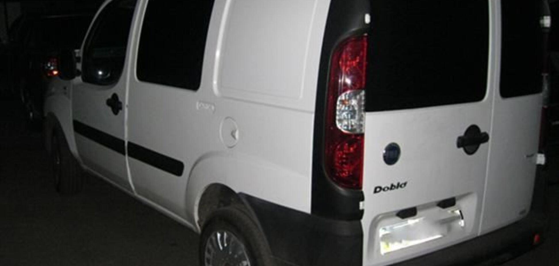 На Житомирщине подростки с ножом напали на таксиста