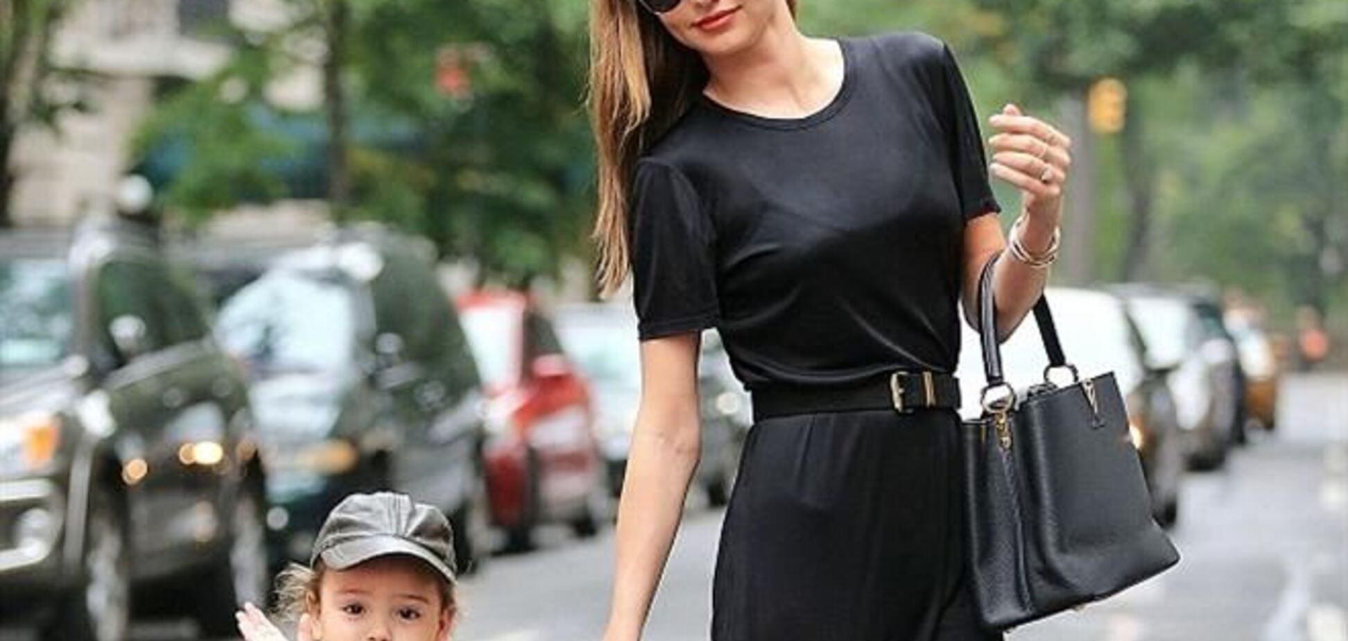 Миранда Керр гуляет с сыном в Нью-Йорке