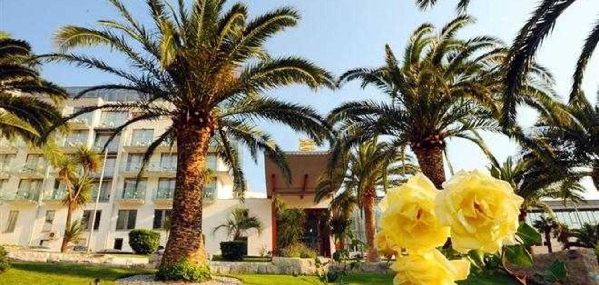 OTP Group хочет купить отель Queen of Montenegro из-за долгов российских заемщиков