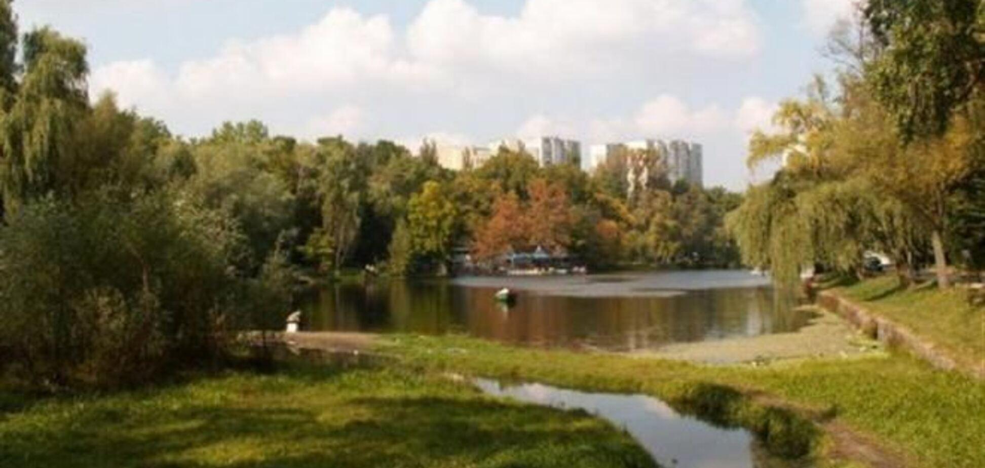 В Киеве грабитель, убегая от милиционера, бросился в озеро