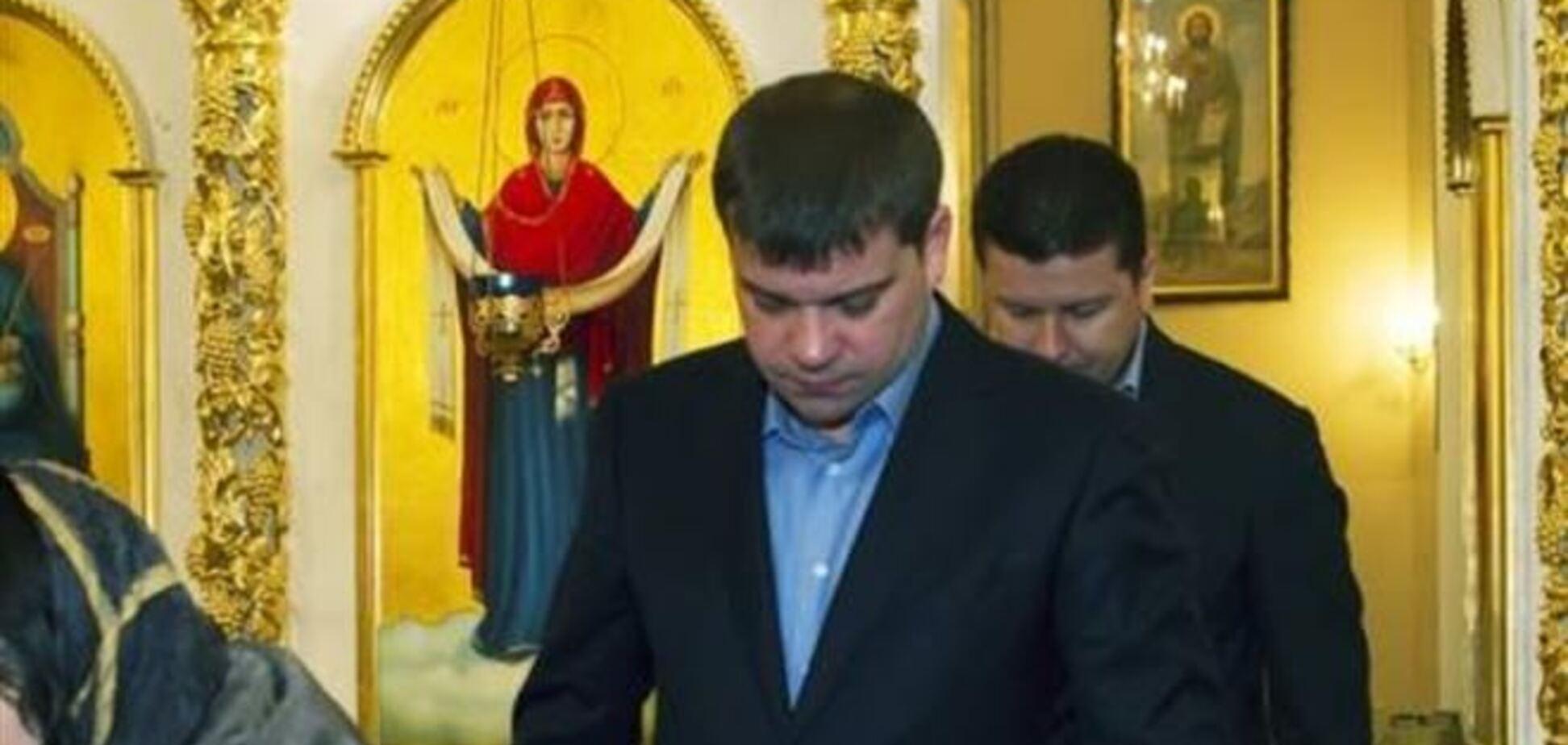 Суд не выпустил Анисимова на поруки