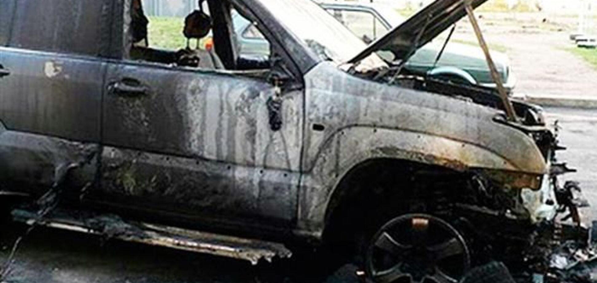 Под Ужгородом снова сожгли машину милицейского чиновника