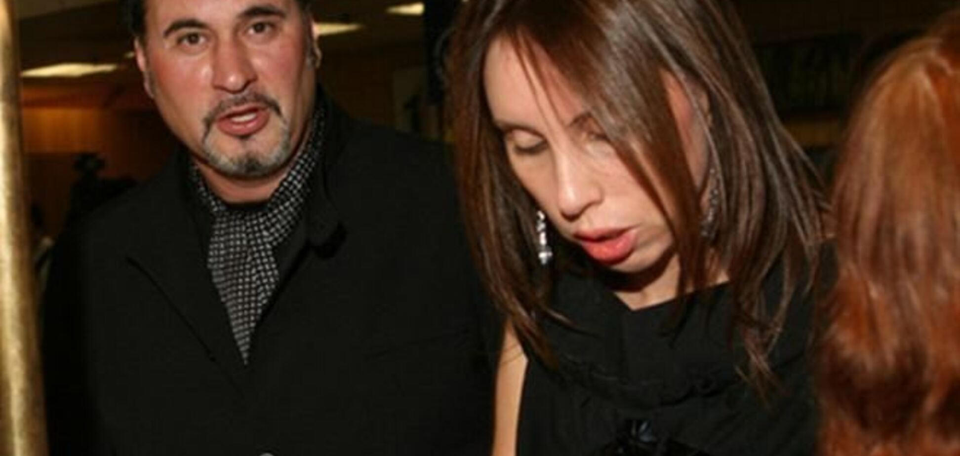 Жена Меладзе вцепилась в звезду и не дает развода