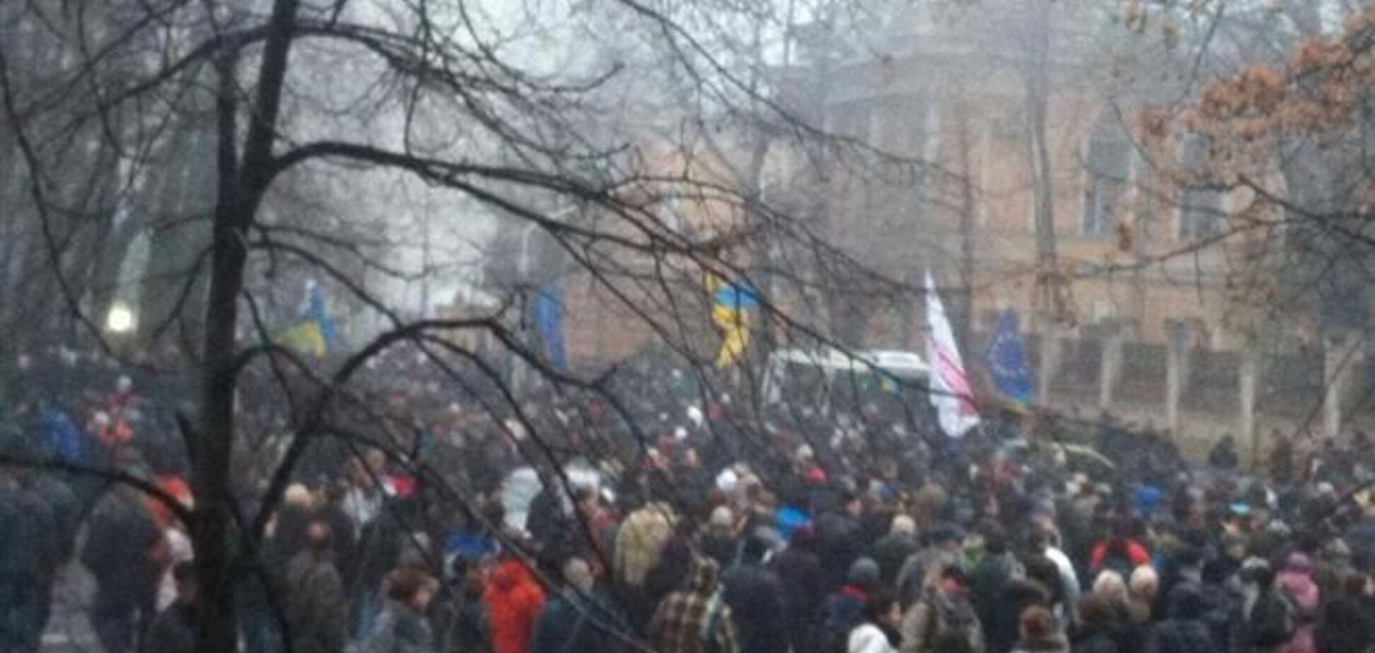 Митингующие уходят с Банковой