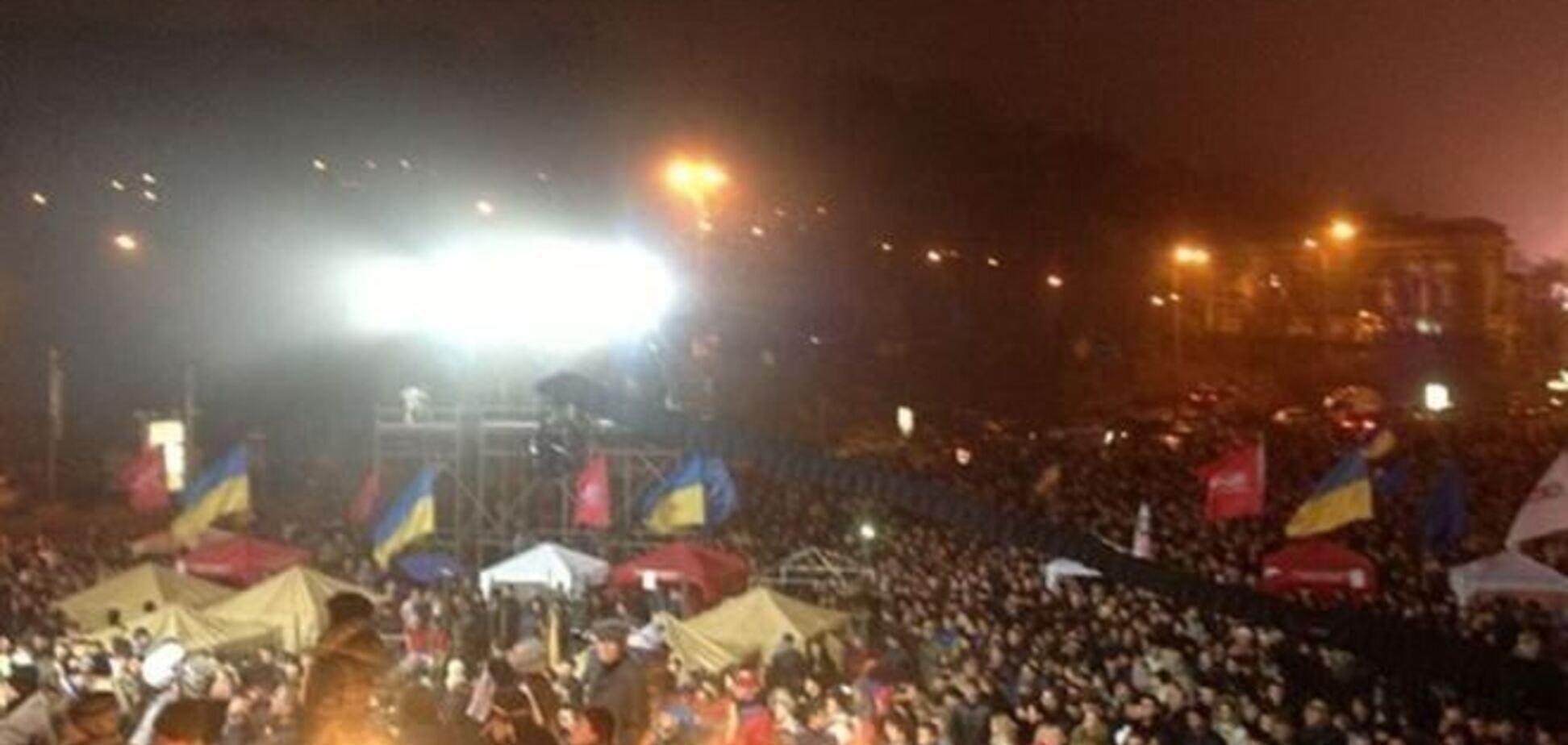 Милиция насчитала 50 тыс. участников акций протеста в центре Киева