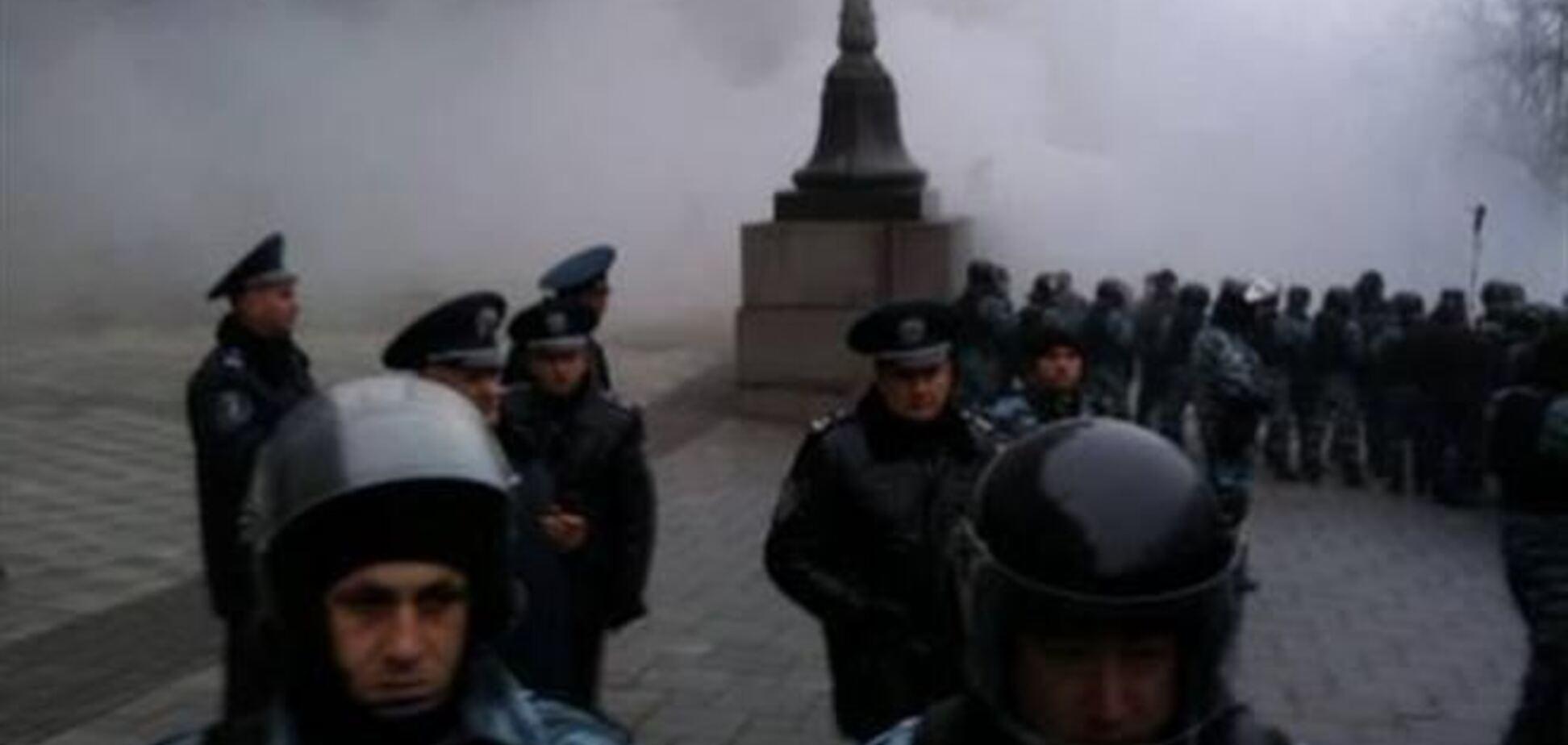 Захарченко обещает не применять силу против мирных митингующих