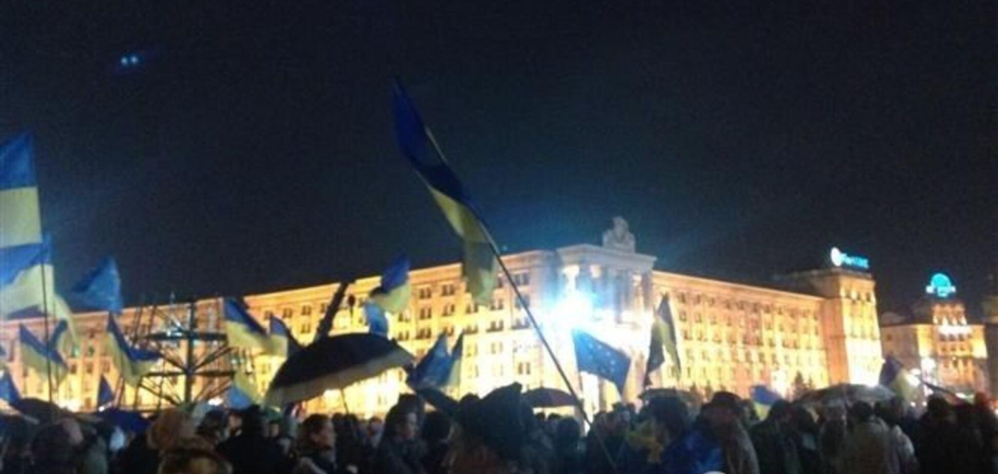 Киевляне зарабатывают на Евромайдане арендой жилья, пирожками и связью