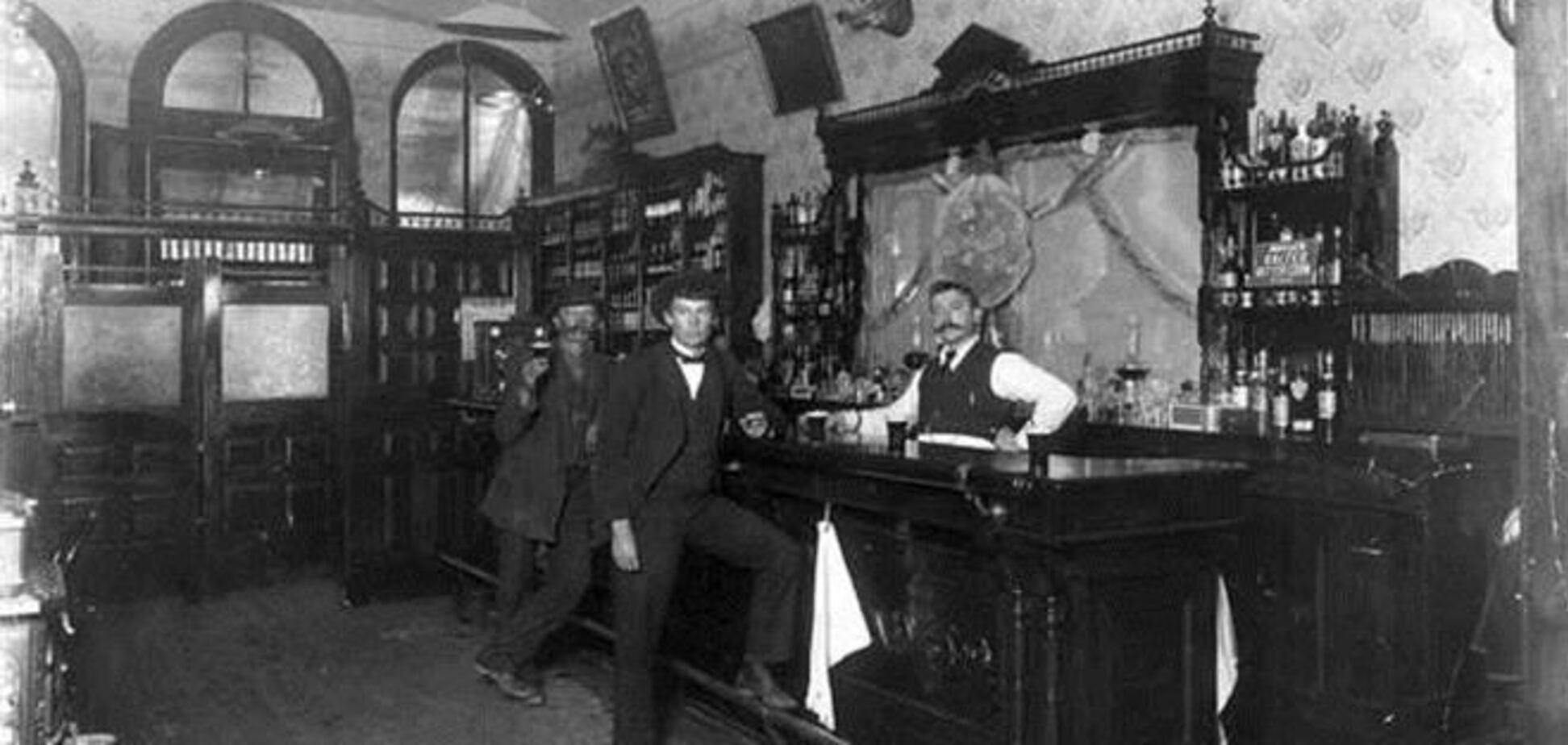 Дом с подпольным баром времен 'сухого закона' продается в США