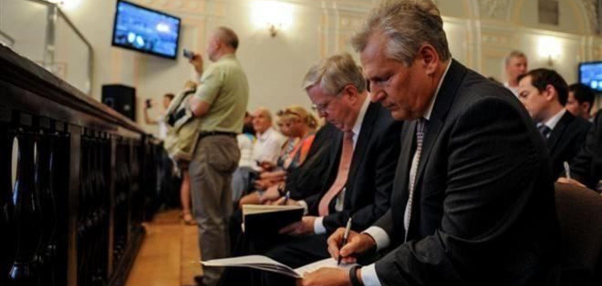 Оппозиция попросит ЕС продлить работу миссии Кокса-Квасьневского