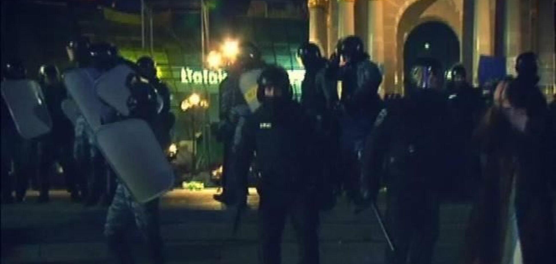 Во время разгона Евромайдана пострадали 12 милиционеров  - МВД