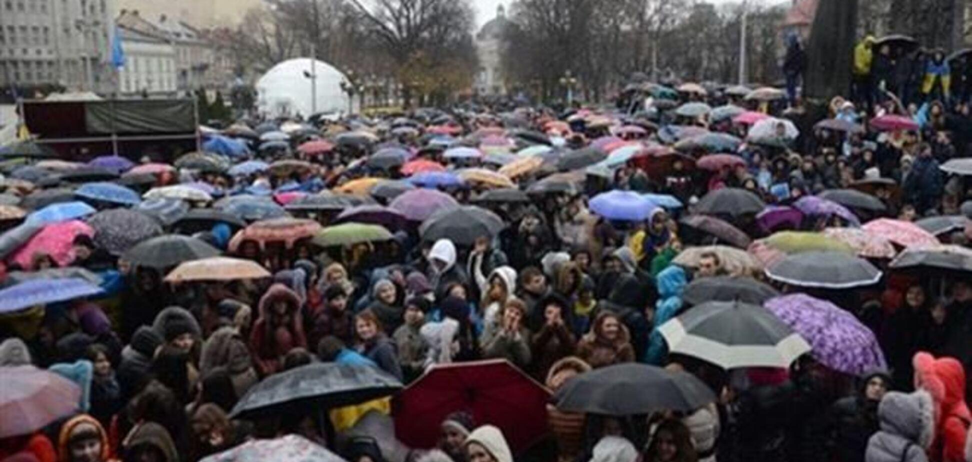 Во Львове опасаются, что региональный Евромайдан будет прикрыт 'Беркутом' до вечера