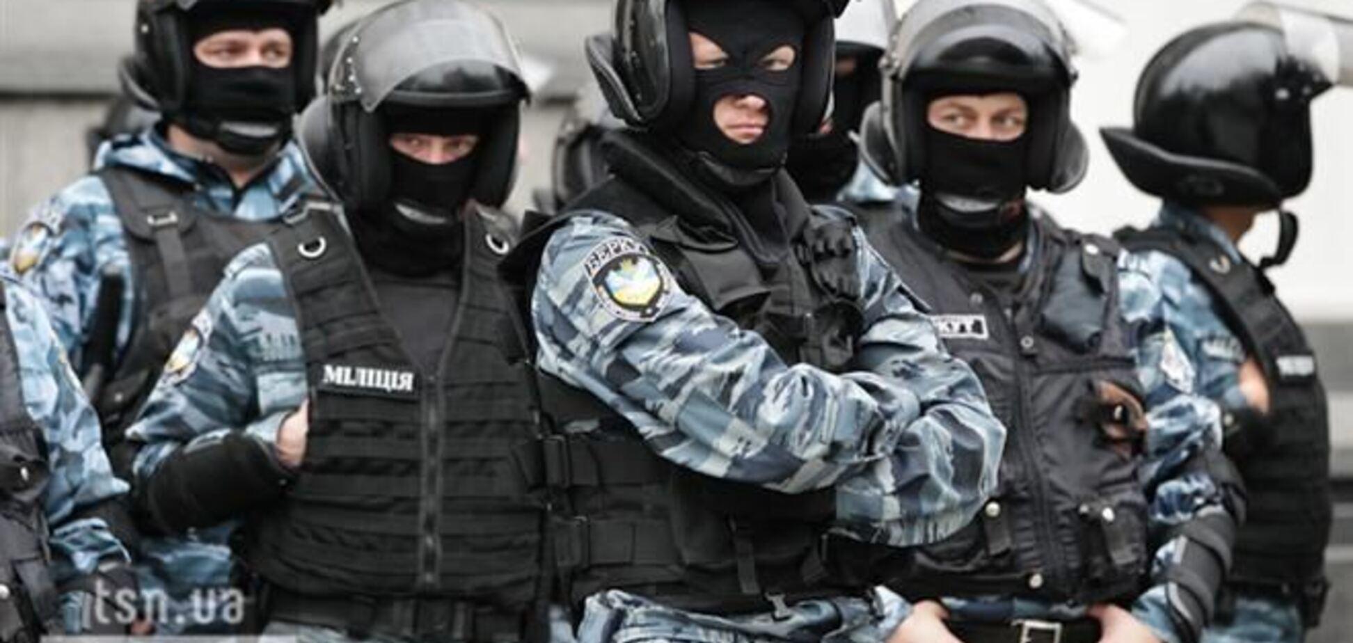 Киевский Евромайдан разогнал 'Беркут' из Луганска, Донецка и Крыма – СМИ