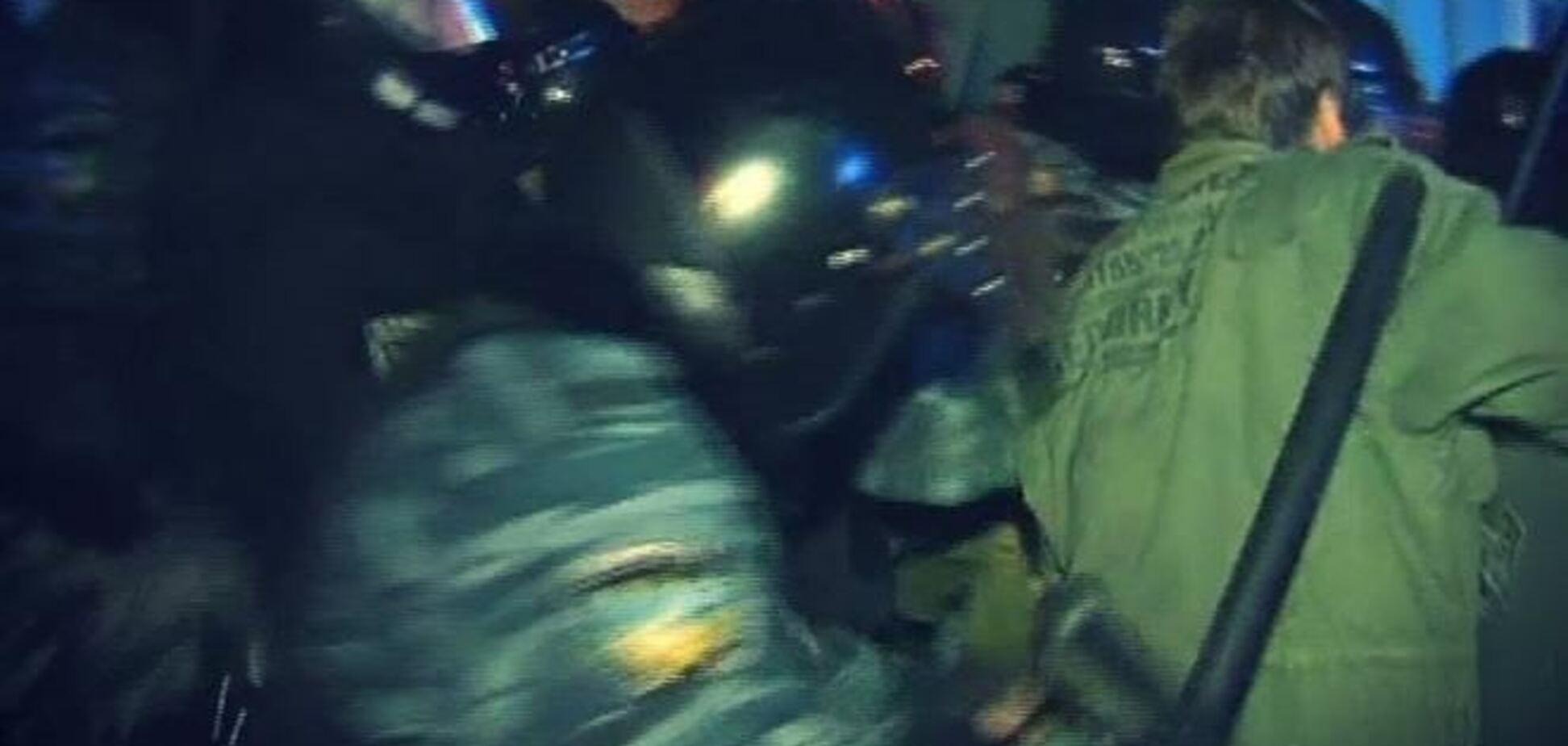 'Беркут' жестоко разогнал Евромайдан