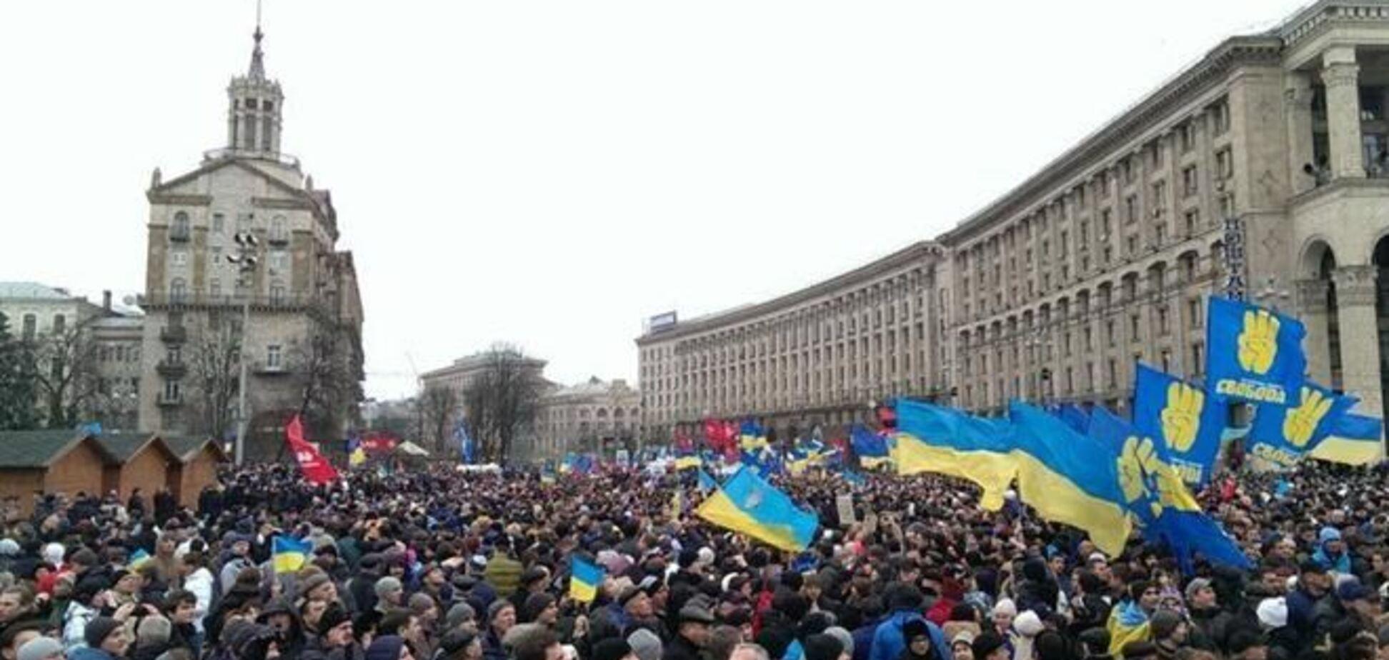 С центра Киева начинают уходить протестующие