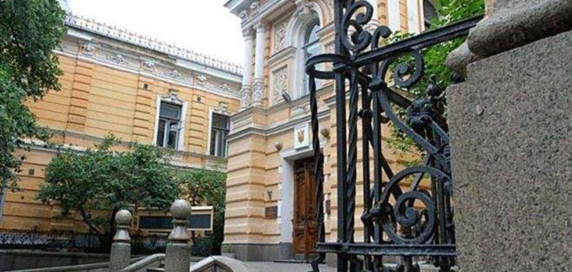 'Беркут' разгромил здание Союза писателей: били всех без разбора