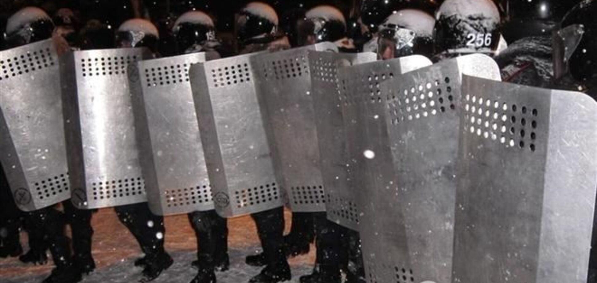 Правительственный квартал заблокирован силовиками