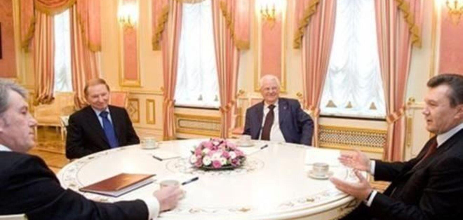 В Киеве началась встреча Януковича с Президентами независимой Украины