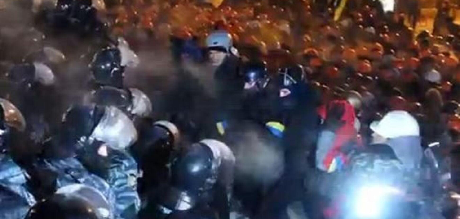 Штурм 'Беркута' на Майдане Незалежности: фото и видео с места событий